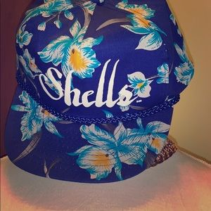 Adorable vintage floral shells cap.
